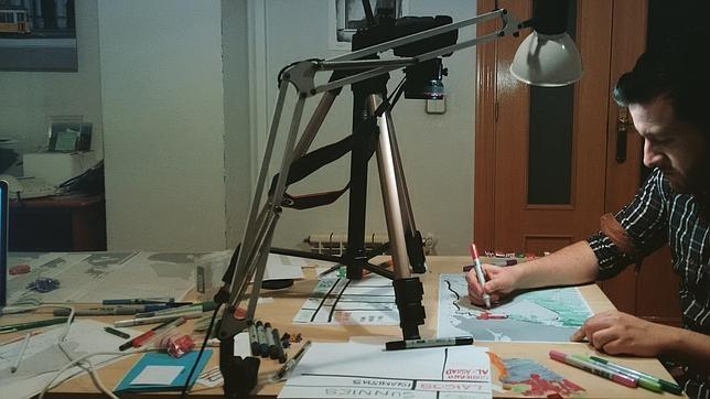 Sergio de Pazos durante la creación del video. (Foto Prensa Libre: ABC.com)