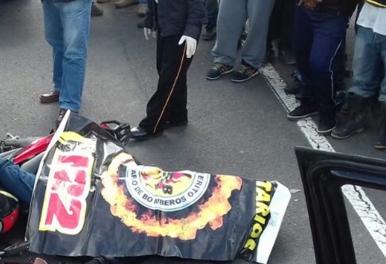 El percance ocurrió en el kilómetro 130 de la ruta Interamericana, en la cabecera de Sololá. Sololá.(Foto Prensa Libre: Ángel Julajuj)