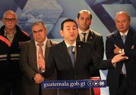 El presidente informa sobre los daños que provocó la lluvia en el territorio nacional. (Foto Prensa Libre: Esbin García)