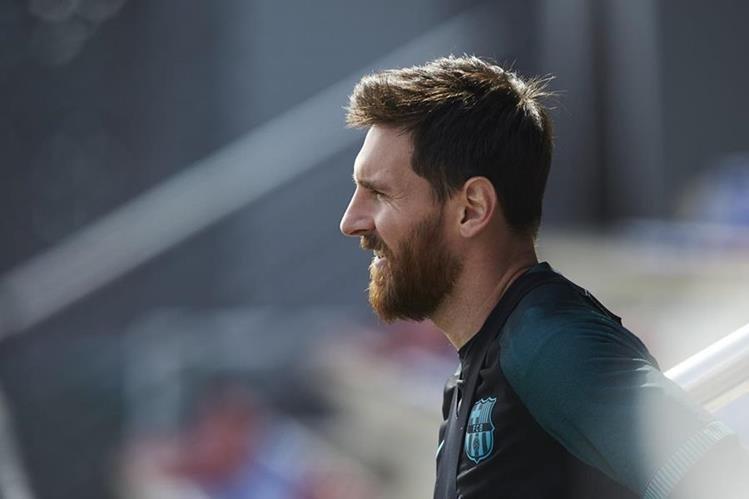 Leo Messi ha sido duramente cuestionado por el supuesto fraude fiscal. (Foto Prensa Libre: EFE)