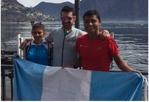 Mirna Ortiz y Érick Barrondo junto a su entrenado Paquillo Fernández luego de concluir la competencia. (Foto Prensa Libre: Cortesía Chassivision Sports)