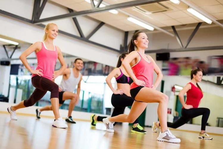 Debemos hacer actividad física al menos 150 minutos a la semana, para aprovechar sus beneficios.