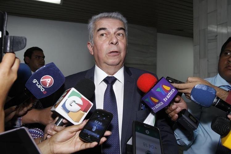 Luis Rabbé pidió permiso para ausentarse por dos meses del Congreso. (Foto Prensa Libre: Hemeroteca PL)