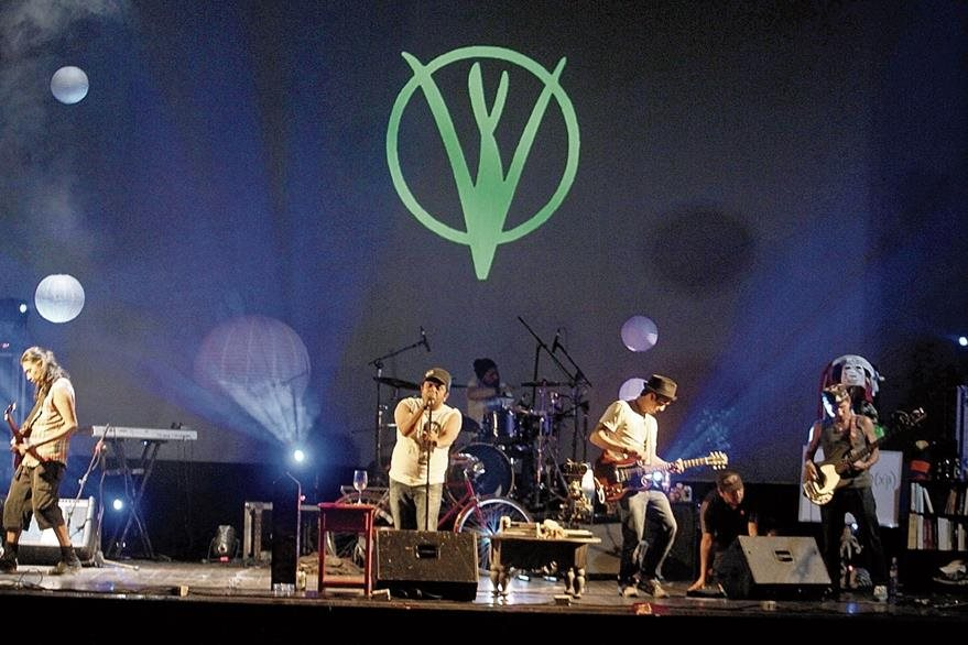 La banda nacional ha preparado un repertorio especial para disfrutar de una velada inolvidable con sus seguidores. (Foto Prensa Libre: Keneth Cruz)