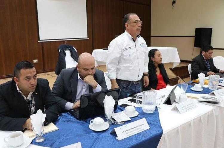Mario Hugo Miranda solicitó que se ejecuten obras de desarrollo para el departamento. (Foto Prensa Libre: Whitmer Barrera)