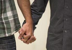 """Ilustración. En México, algunos clérigos han catalogado como antinatural el matrimonio homosexual y a las leyes que lo protegen de """"pervertir a los niños"""". (Foto Prensa Libre: AFP)."""