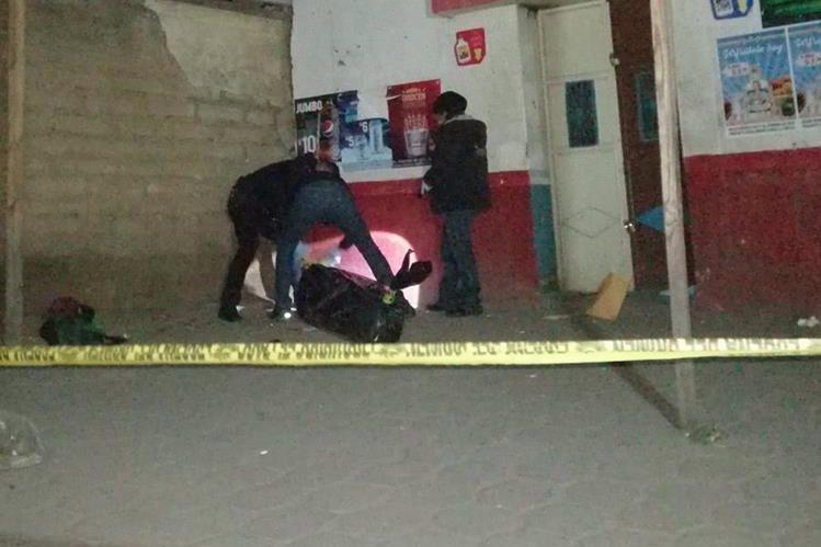 José Luis Carlos Sac, de 24 años, murió baleado frente a una cantina ubicada en la zona 6 de Xela. (Foto Prensa Libre: Cortesía ElQuetzalteco)