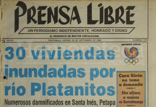 Portada de Prensa Libre del 30 de septiembre de 1988 informando sobre la inundación de la aldea Santa Inés Petapa. (Foto: Hemeroteca PL)