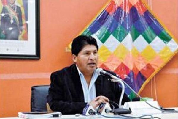 """<p>El ministro de Salud, Juan Carlos Calvimontes debe dar una disculpa pública al magistrado enfermo, indicó el Defensor del Pueblo. (Foto Prensa Libre: EJU.TV)<br _mce_bogus=""""1""""></p>"""