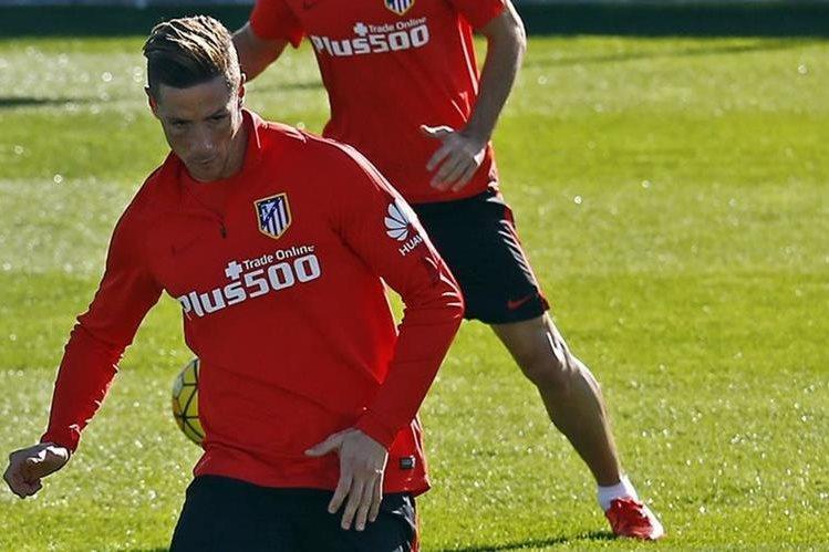 Fernando Torres se prepara para el próximo encuentro del Atlético de Madrid en la Liga Española. (Foto Prensa Libre: Atlético de Madrid)