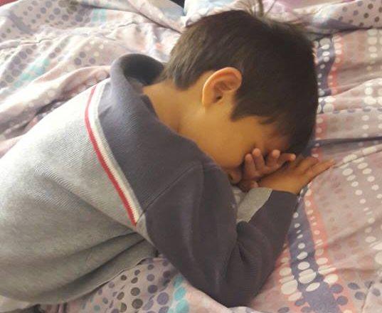 El pequeño Adrián pide a Dios que le conceda la oportunidad de vivir por muchos años.(Foto Prensa Libre: Cortesía)