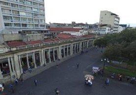 El edificio está próximo a arribar al centenario de su construcción. (Foto Prensa Libre: Álvaro Interiano).