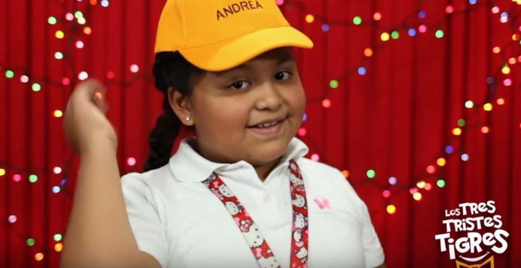 Andrea, de ocho años, recuerda la palabra leer.(Foto Prensa Libre: Tomada de YouTube)