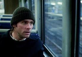 Jim Carrey (Joel Barish) en una escena de la película que ganó el Óscar a mejor guion original (Foto: Hemeroteca PL).