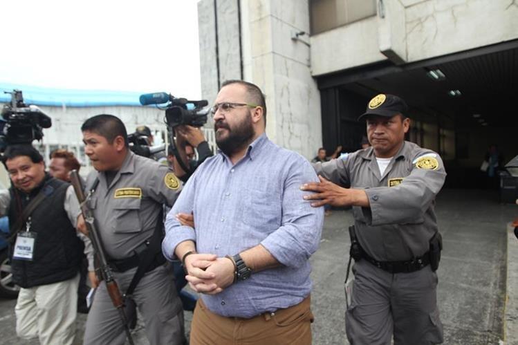 Javier Duarte aceptó el pedido de extradición de los dos casos que tiene en contra. (Foto Prensa Libre: Hemeroteca PL)