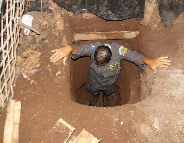 El túnel fue descubierto en un área utilizada para que los reos efectúen trabajos. (Foto Prensa Libre: SP)