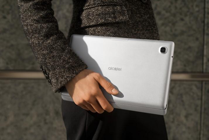 El diseño del equipo es atractivo y su ligero peso lo convierten en un gadget ideal para llevar a todos lados. (Foto: Hemeroteca PL).
