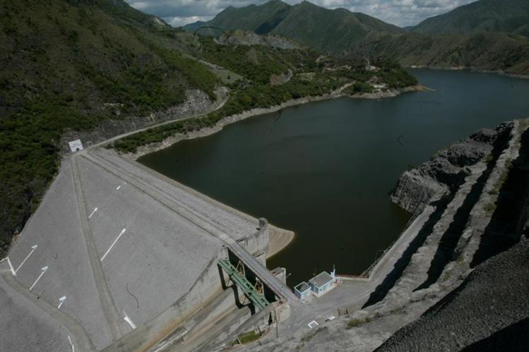 La Hidroeléctrica Chixoy tiene capacidad de generación de 278 megavatios y se ubica en Alta Verapaz. (Foto, Prensa Libre: Hemeroteca PL.