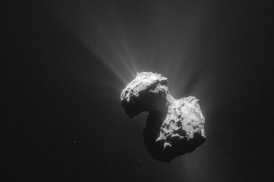 El cometa 67P/Churyumov-Gerasimenko se encuentra a 270 millones de kilómetros de la Tierra. (Foto Prensa Libre: EFE).