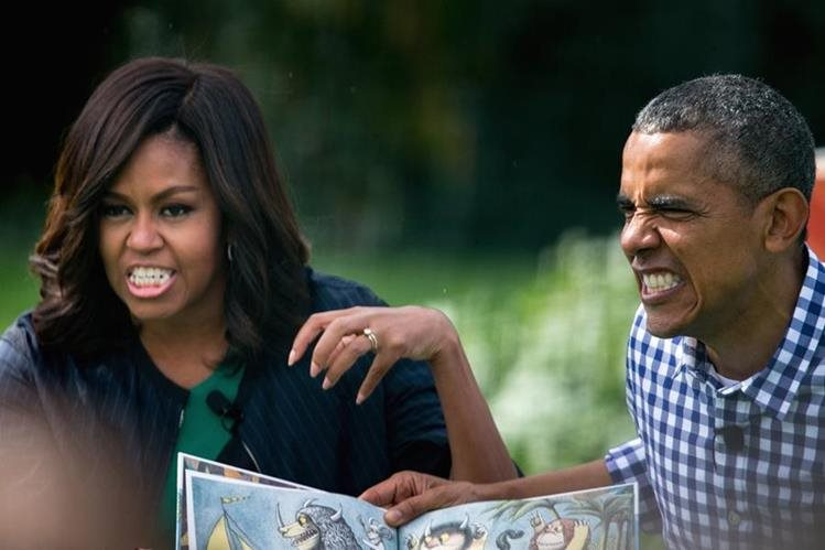 El presidente de EE. UU., Barack Obama, junto a su esposa Michelle durante los festejos de Pascua en la Casa Blanca. (Foto Prensa Libre: AP).