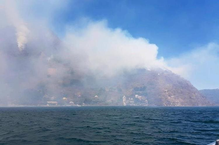 El informe actual indica que ya van 75 hectáreas de bosques son los que ha consumido las llamas.
