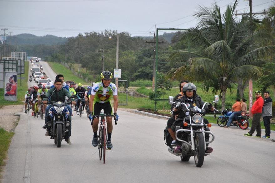 Mazariegos se acerca a la meta, en Flores, Petén. (Foto Prensa Libre: Rigoberto Escobar).