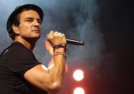 Ricardo Arjona incluyó tres temas inéditos en su disco Apague la luz y escuche, Malena es uno de ellos. (Foto Prensa Libre: Arjoneando.com