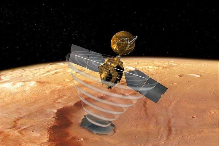 Imagen artistica de la nave espacial Mars Reconnaissance Orbiter, lanzada en 2005.