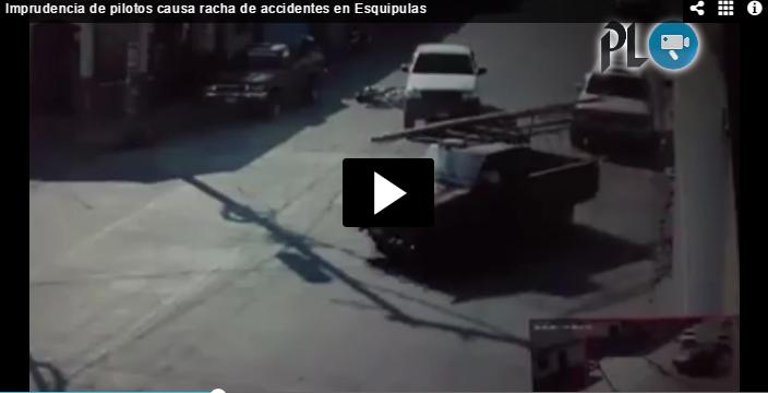 Imagen muestra uno de los accidentes en la ciudad de Esquipulas. (Foto Prensa Libre).