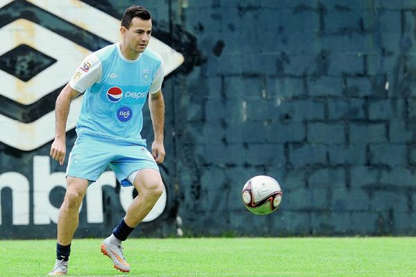 Pappa se perfila una vez más como el motor del medio campo de la Sele, tal como lo hizo en la Copa Centroamérica del 2014. (Foto Prensa Libre: Francisco Sánchez)