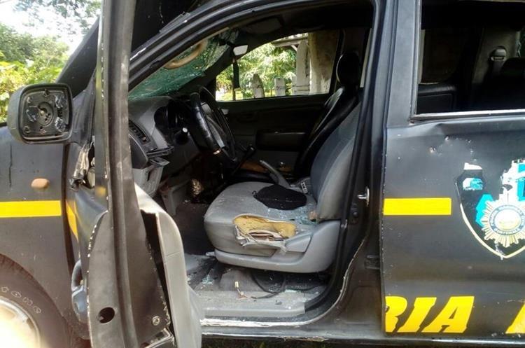 La unidad GUA-15024 quedó destruida en el km 231, Coatepeque, Quetzaltenango. (Foto Prensa Libre: Cortesía PNC)