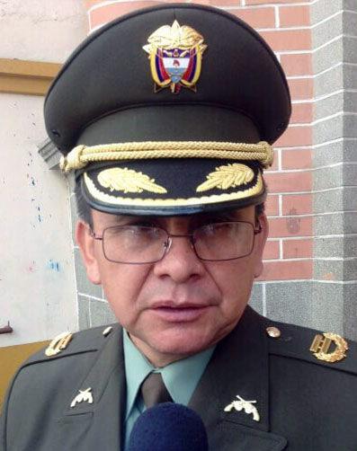 El fallecido teniente coronel de la Policía Alfredo Ruiz Clavijo en el municipio de Ipiales, departamento de Nariño. (Foto Prensa Libre: EFE).