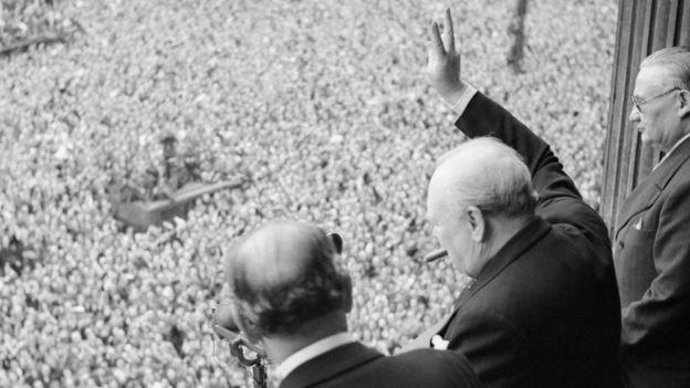 El líder británico Winston Churchill es otro en la lista de calvos poderosos. (Getty images)