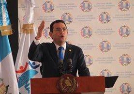 El presidente Jimmy Morales durante una reunión con alcaldes el pasado 29 de agosto. (Foto Prensa Libre: Hemeroteca PL).