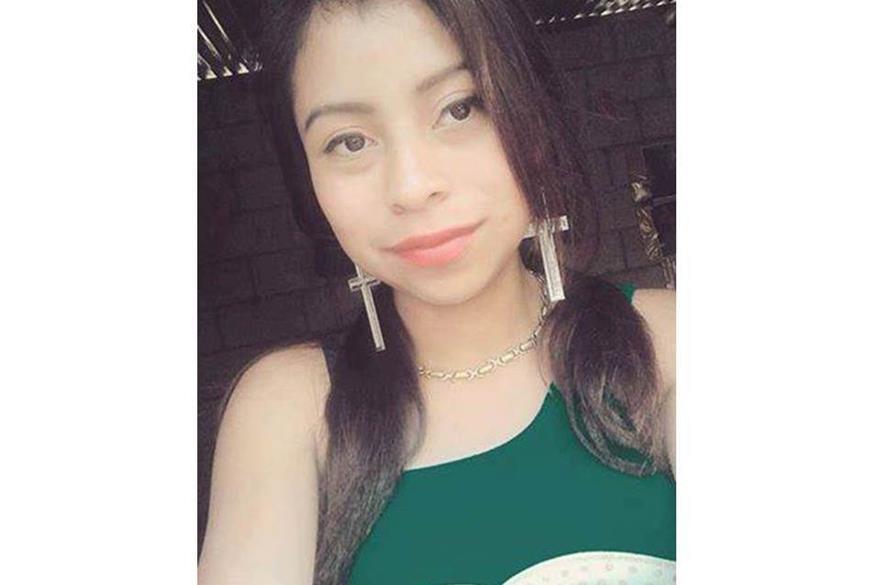 Jaqueline Marleny Mucia Barán, de 16 años, fue vista por última vez cuando salió de su vivienda, en San Lucas Tolimán, Sololá. (Foto Prensa Libre: Ángel Julajuj)