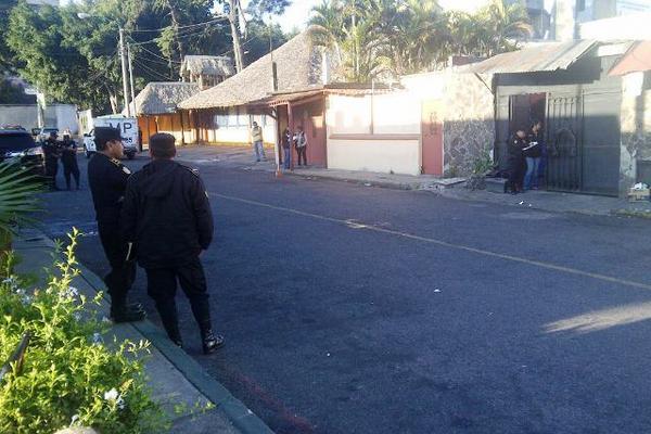 <p>El ataque pudo ser el resultado de una riña. (Foto Prensa Libre: Estuardo Paredes)</p>