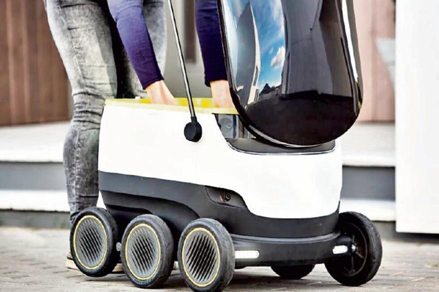 La velocidad a la que se transporta el robot es de  seis kilómetros por hora. (Foto Prensa Libre: Hemeroteca PL).