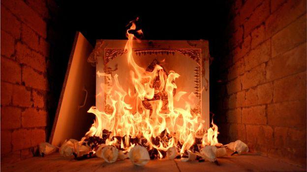Reciclar el calor que desprenden los crematorios es una práctica controvertida para muchos. (Foto Prensa Libre: Getty Images)