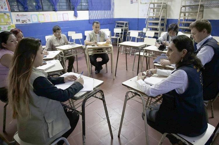Observadores de la Unión Europea participan en el proceso electoral en El Salvador. (EFE).