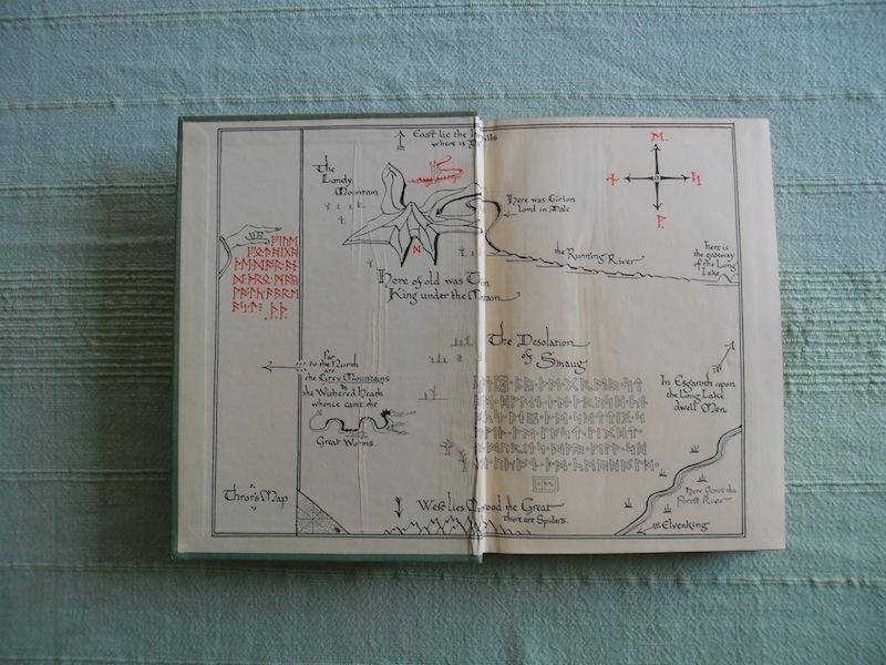 """La primer edición de """"El Hobbit"""".(Foto Prensa Libre: Tolkien Library)"""