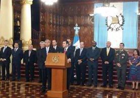 El presidente Jimmy Morales y el Consejo de Ministros solicitan ampliación del estado de Sitio en Ixchigúan y Tajumulco. (Foto Prensa Libre: Gobierno de Guatemala)