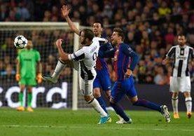 En el Camp Nou se mantuvo el empate sin goles, pero la Juve avanzó a las semis. (Foto Prensa Libre: AFP)