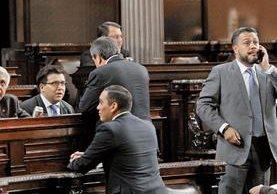 El partido de gobierno teme que el TSE les cancele la agrupación y queden igual que Líder y el PP. (Foto Prensa Libre: Érick Ávila)