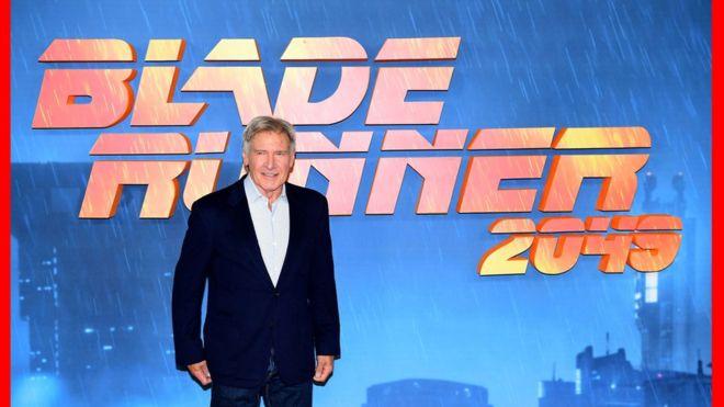 El personaje de Harrison Ford, Rick Deckard, ha dado pie a una de las mayores incógnitas del cine futurista: ¿es un humano o un replicante? (Foto: Ian West/PA Wire)