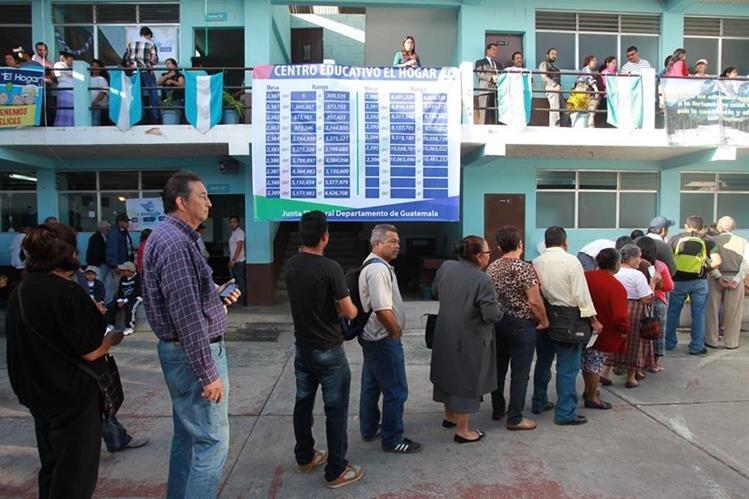 Solo dos del pliego de demandas ciudadana serían incluidos en el dictamen, si no sufre otros cambios. (Foto Prensa Libre: Hemeroteca PL)