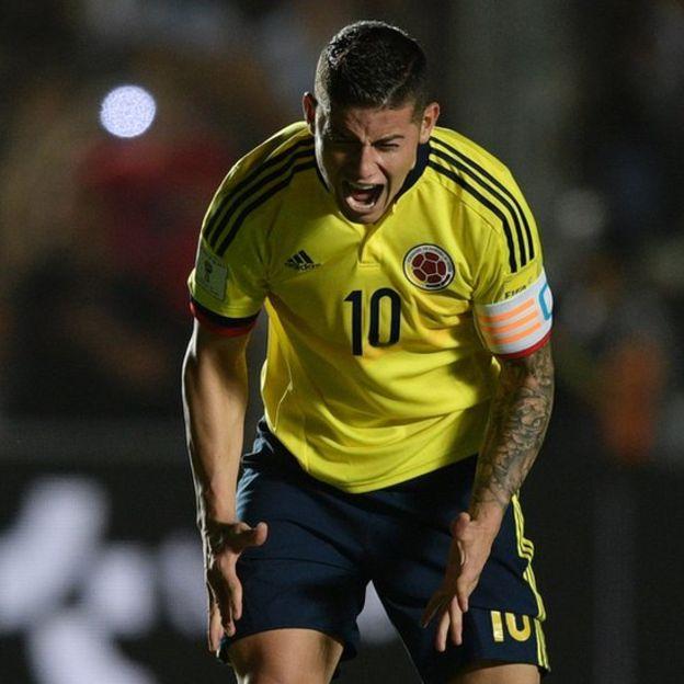 La frustración de James Rodríguez fue evidente en el partido contra Argentina. (Foto Prensa Libre: Getty Images)