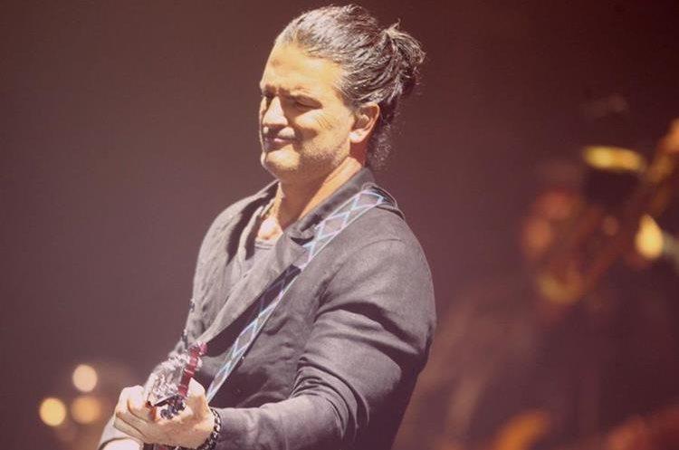 Ricardo Arjona es ovacionando constantemente durante cada presentación de la gira Circo Soledad. (Foto Prensa Libre: Keneth Cruz)