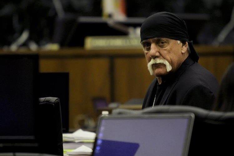 Hulk Hogan durante una audiencia esta semana (Foto Prensa Libre: AP).