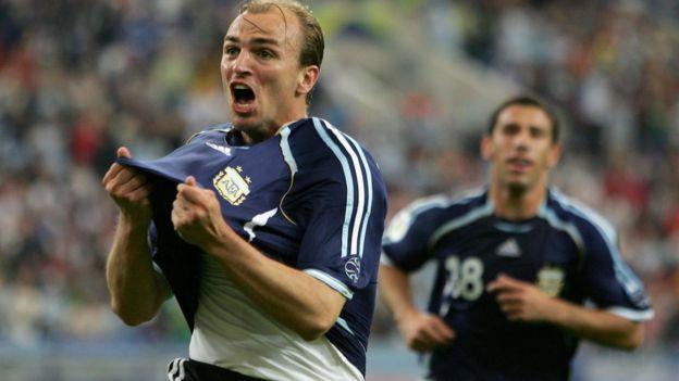 Cambiasso marcó uno de los mejores goles colectivos en la historia de los mundiales. (Getty)