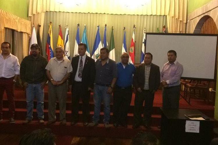 Asamblea general extraordinaria donde socios de Xelajú MC desconocieron a la directiva. (Foto Prensa Libre: Cortesía).